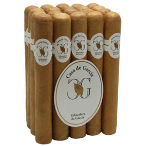 Casa de Garcia Connecticut Robusto Cigar Bundle