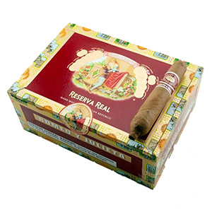 Romeo y Julieta Reserva Real Love Story Cigar Box