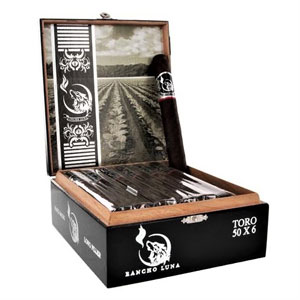 Rancho Luna Maduro Robusto Cigars Box