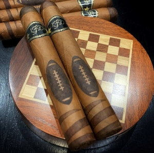 La Flor Dominicana Special Football Edition 2020 5 Pack